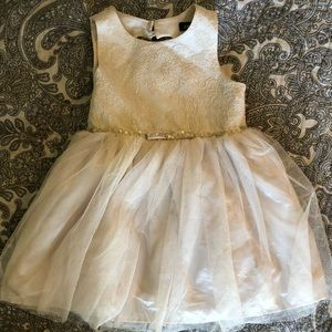 Zenzi size 2t cream/gold dress